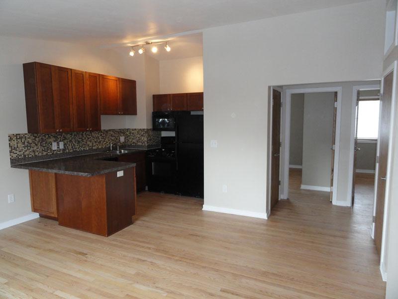 303-kitchen