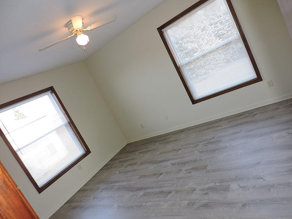 4plex-d-bedroom1-2